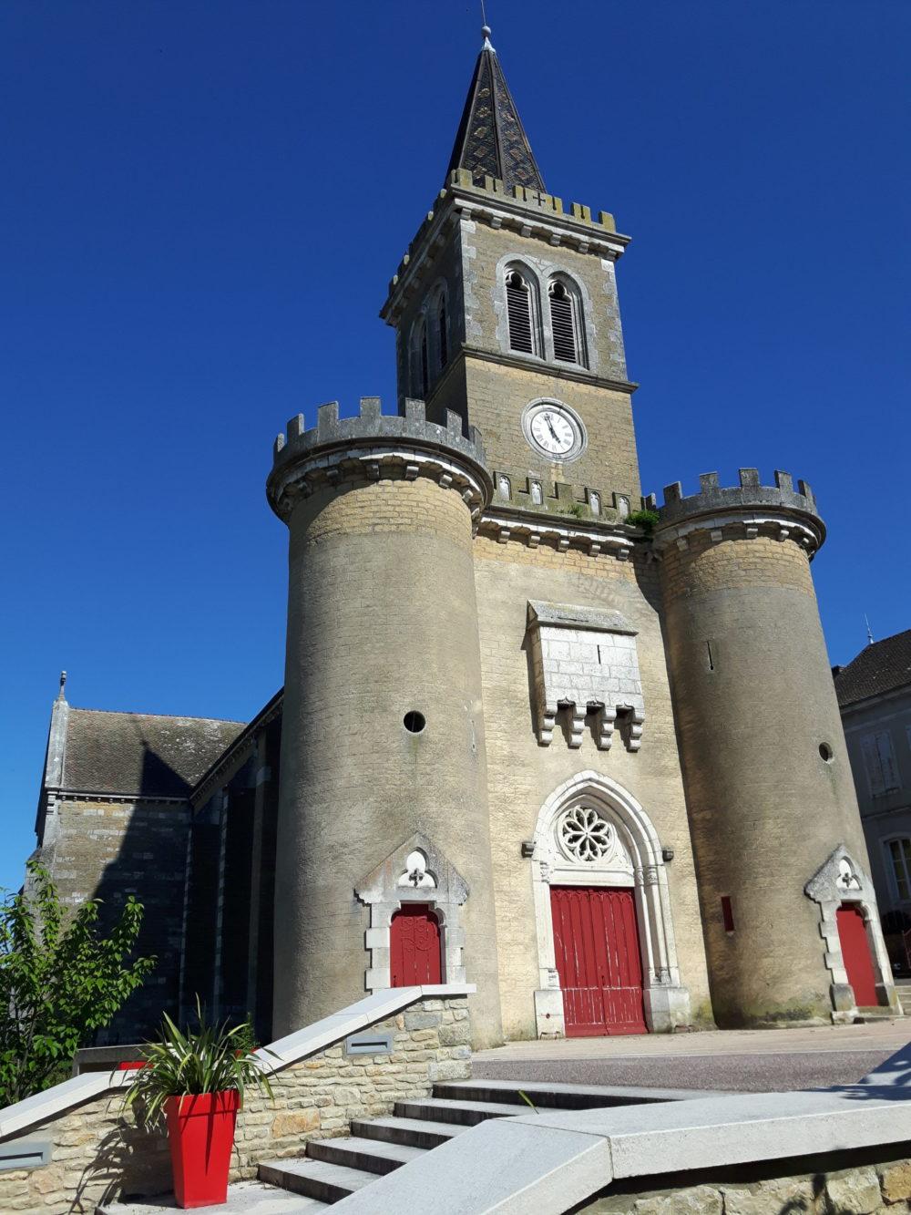 Eglise de St désert (71)