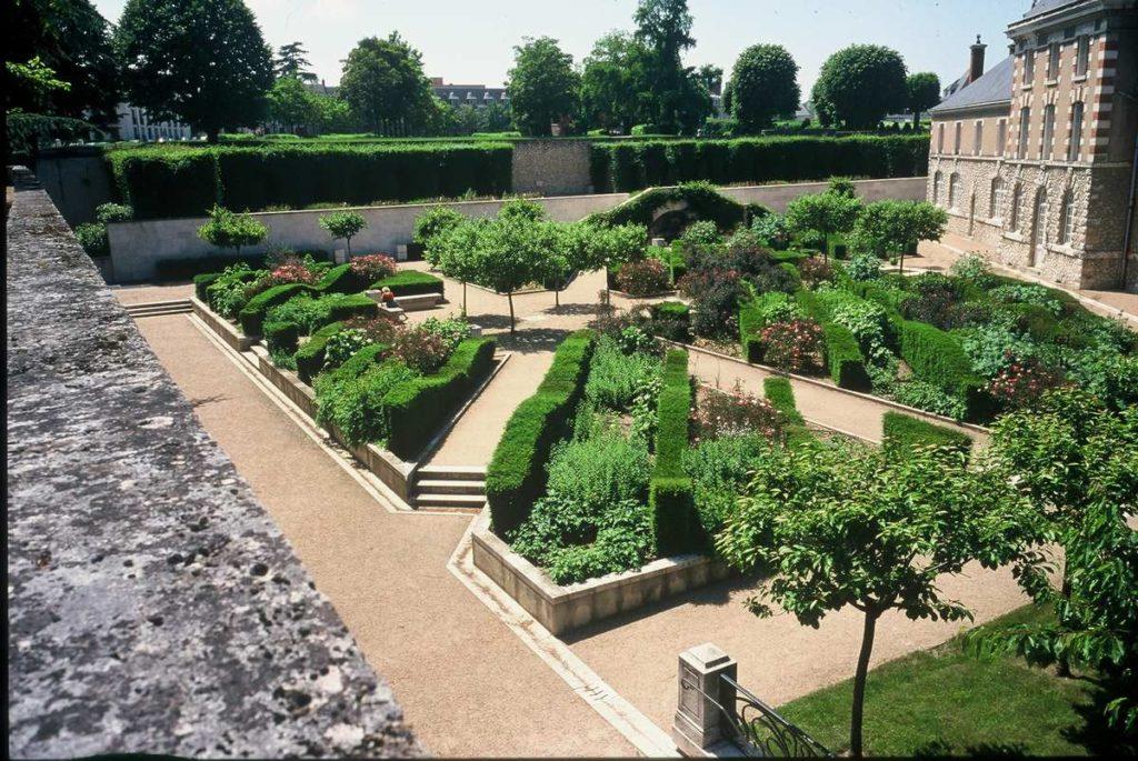 les-jardins-du-Roy-Blois