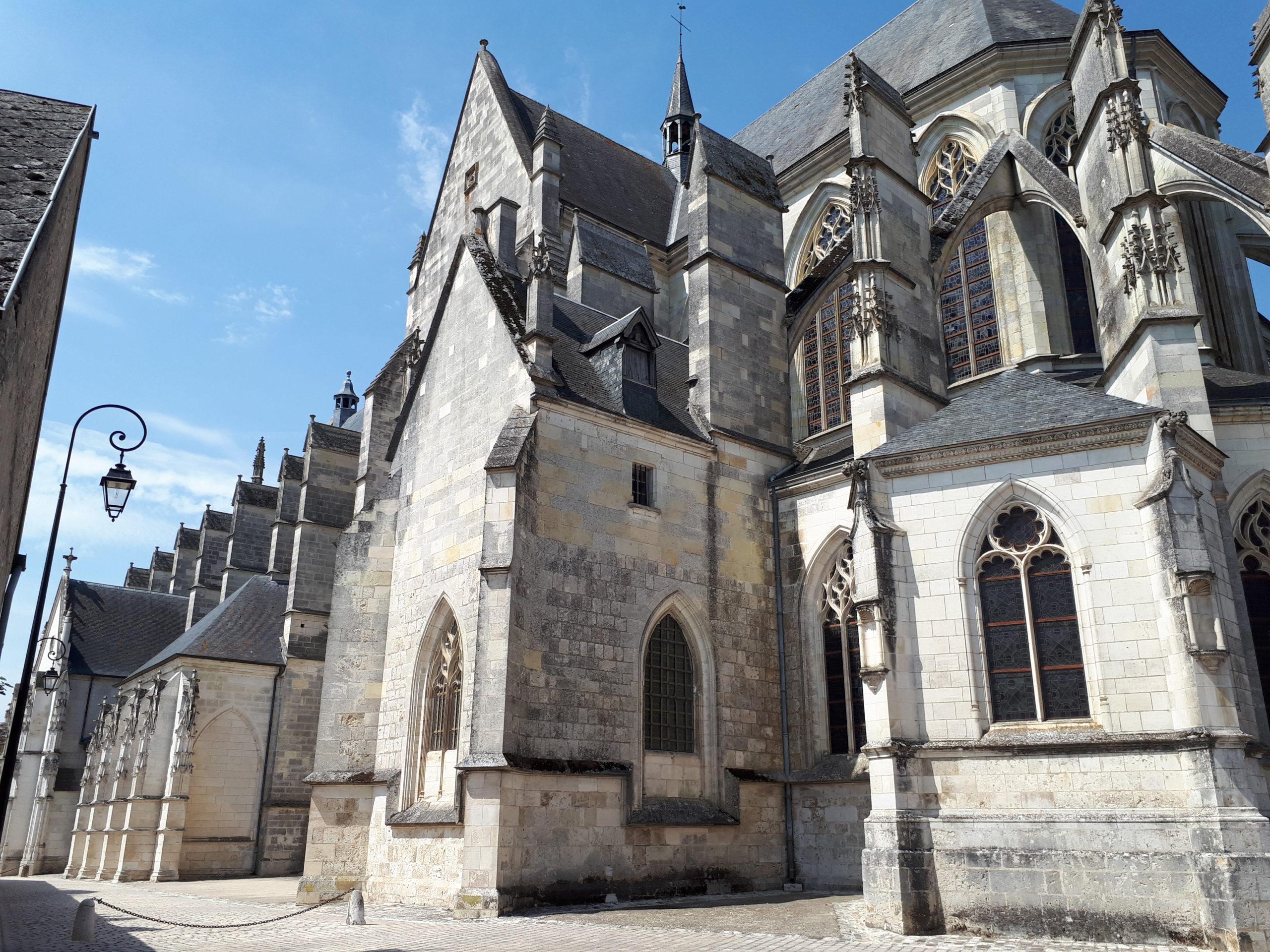 La basilique Notre-Dame de Cléry